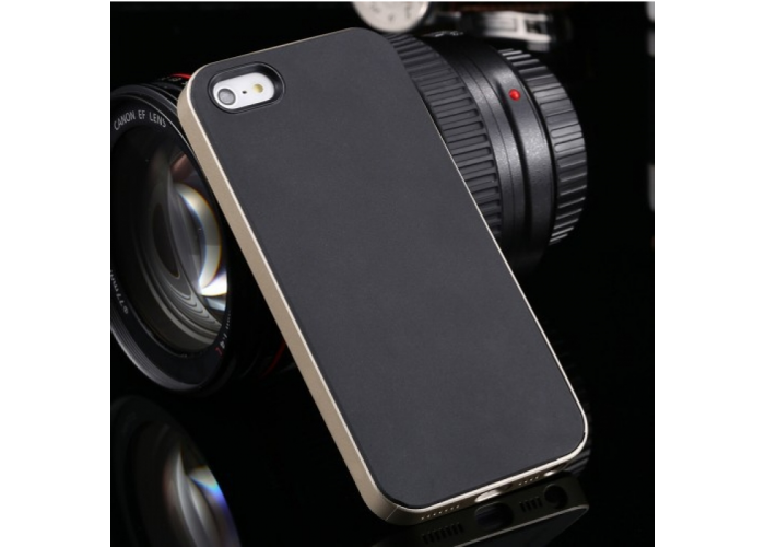 Позолоченный бампер с черными накладками для iPhone 5/5S