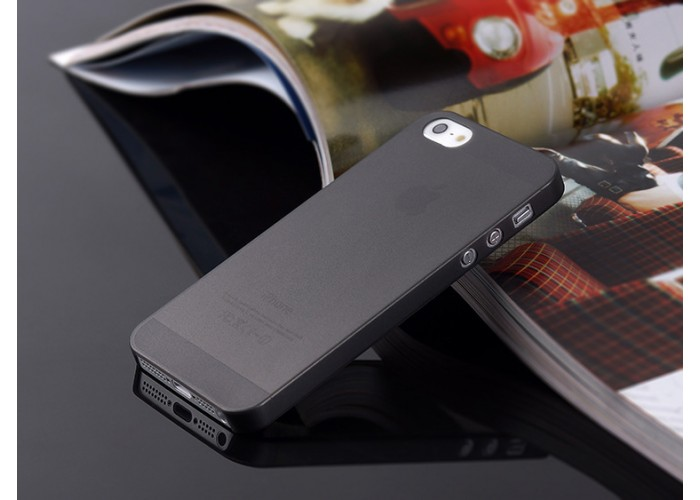 Ультратонкий чехол для iРhone 5/5S  (черный)