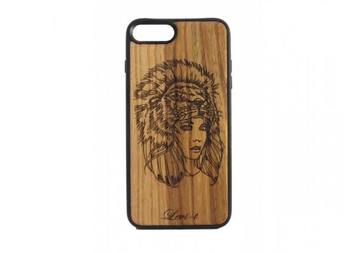 """Чехол для iPhone WoodBox из натурального дерева """"Охотница"""""""