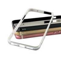 Бампер для iPhone 5/5s/SE Evoque серебристый